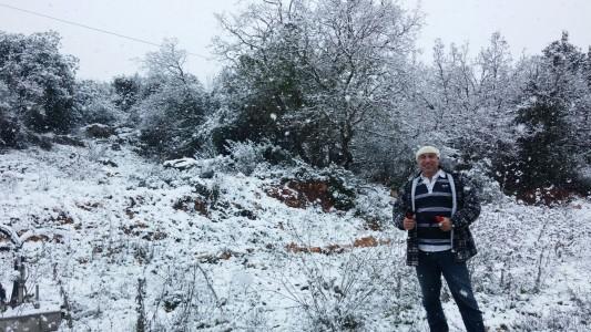 צביקה אוקון בשלג